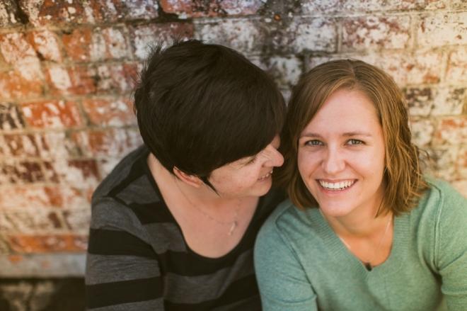 PaperFoxStudio-Brisbane-NewFarmPark-lesbian-engagement_0003